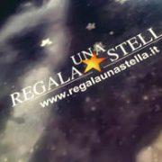 Il libro personalizzato e da personalizzare assieme all'attestato di pubblicazione e alla mappa dell'osservazione astrale per individuare la stella